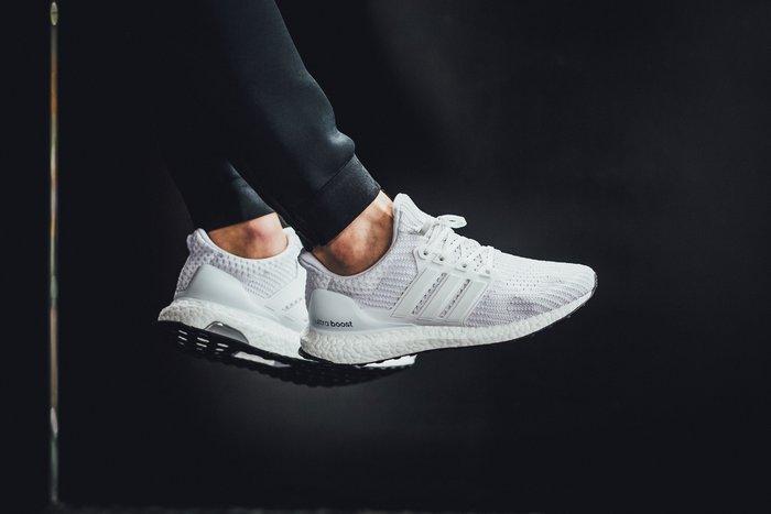 [Roen羅恩代購] Adidas Ultra Boost 4.0 編織襪套男女慢跑鞋 白