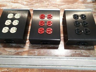 195.新春大放送高階4/6位音響專用排插特價1800/2400元/個