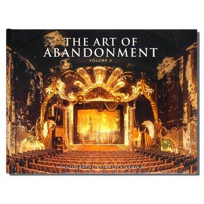 The Art of Abandonment Volume ii 廢棄的藝術第二卷 廢棄建筑景觀攝影畫冊 廢棄獨特之美 長條開本 英文原版