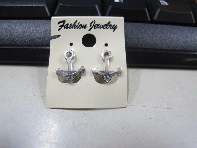 二手舖 NO.4538 時尚造型耳環 耳針 耳鉤 便宜賣 首飾飾品