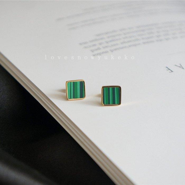 CICI的賣場~保色復古UK氣質高定18K包金祖母綠色耳釘孔雀石綠色耳釘簡約優雅