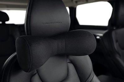 Volvo 富豪 原廠 選配 純正 部品 全車系 高質感 新款 黑色 頸枕 頭枕 抱枕 透氣 80% 羊毛成分 S60