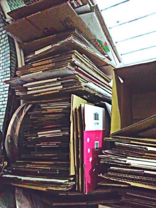 紙箱 二手瓦愣紙箱子 超商寄件 貨運郵局宅配搬家 7-11全家萊爾富OK《銀玥工坊》重覆使用環保愛地球 生活雜貨 超低價