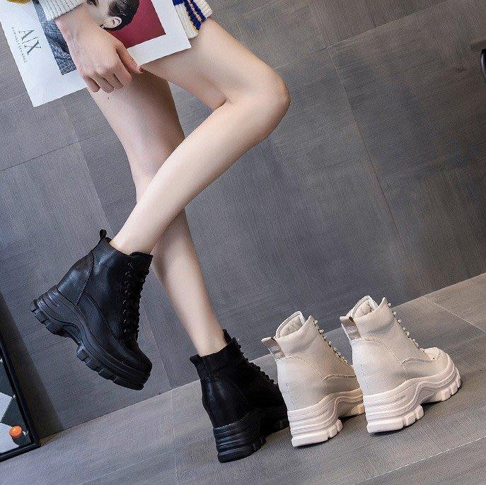 Fashion*網紅短靴 超保暖加絨內增高厚底女靴 英倫風瘦瘦馬丁靴『米白色 黑色』34-39碼