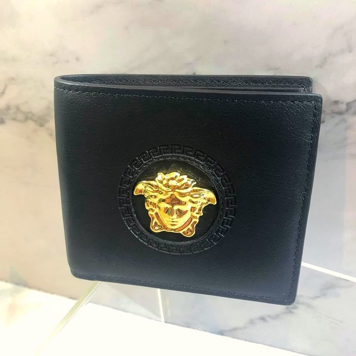 美國百分百【全新真品】Versace 凡賽斯 VJ 皮夾 鈔票 logo 經典 專櫃精品 男款 短夾 黑色 J620