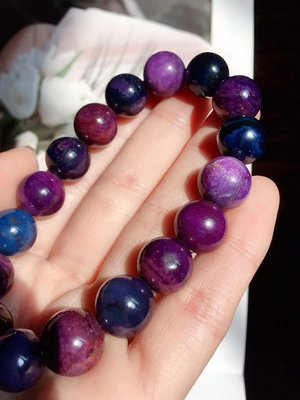 新款到貨 舒俱徠手珠 天然南非國寶奇石舒俱徠皇家紫12MM圓珠單圈手鏈 重量47.19克 一圖一物 稀有寶石 開運禮物