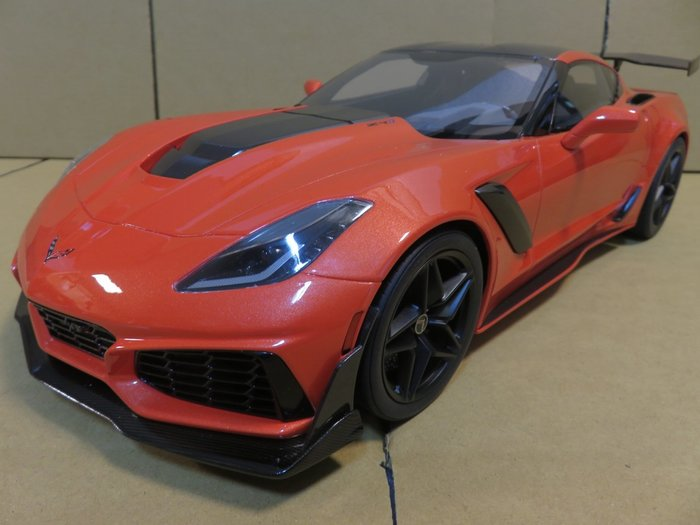 =Mr. MONK= 1/12 GT SPIRIT Chevrolet Corvette C7 ZR1