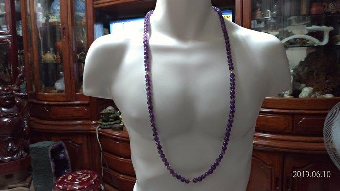 108顆/天然紫水晶無照燒/每顆顏色深淺不一/如果有照燒染色每顆顏色會一樣/長50公分/珠直徑1公分