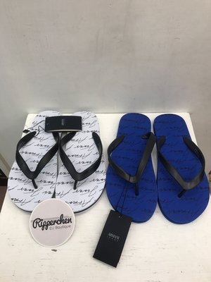 Armani jeans 藍白兩色 滿版 文字 Logo 圖案 夾角拖鞋 海灘鞋 全新正品 男裝 男鞋 歐洲精品 台南市