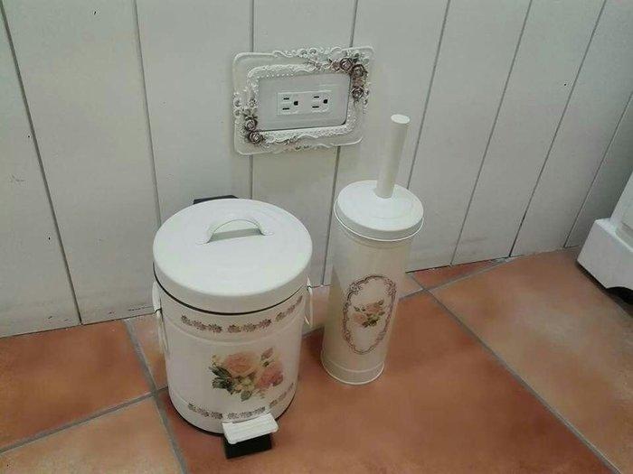 粉紅玫瑰精品屋~歐式高檔鐵藝玫瑰垃圾桶~5L