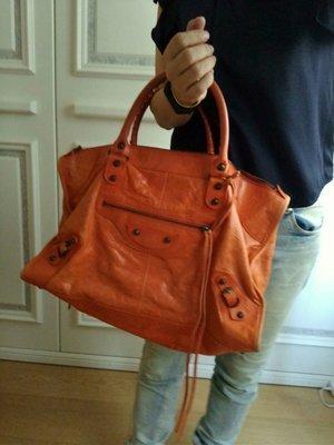 《自己賣最便宜》巴黎世家機車包 Balenciaga 大 work 橘紅小釦柔軟小羊皮 132110