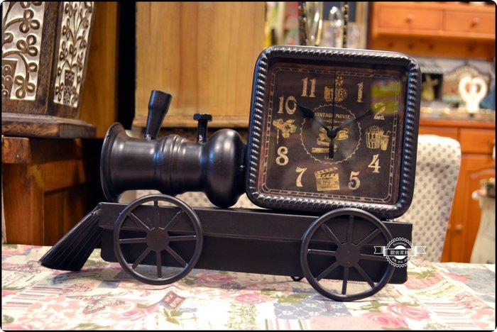 復古黑色蒸汽火車桌鐘時鐘立鐘造型鐘 復古裝飾擺飾收藏工業風仿舊居家裝飾佈置拍攝道具婚紗攝影【歐舍家飾】