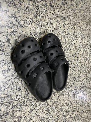 KEEN YOGUI ARTS 護趾包頭拖鞋