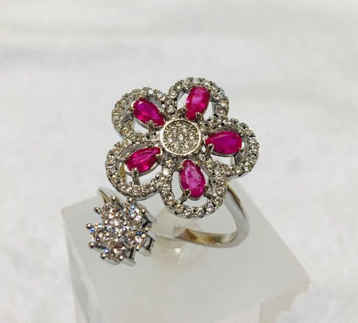 珍奇翡翠珠寶首飾-戒指系列-5顆天然紅寶石戒指。水滴切割。頂級濃郁。鴿血美色。超高淨度。花型戒台。活圍