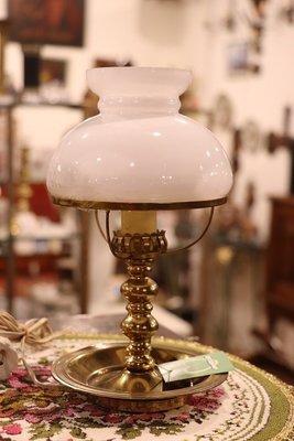 【卡卡頌 OMG歐洲跳蚤市場 / 西洋古董 】 歐洲古董亮麗燭台造型銅桌燈  la0086✬