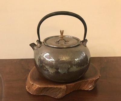 日本名家知一堂 手工鐵柄純銀壺