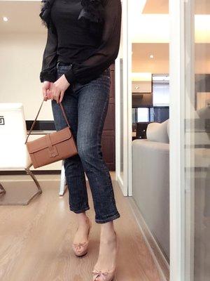 *Beauty*BURBERRY藍色直筒牛仔褲 UK6號 GR 皮革LOGO加圖