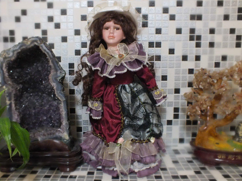 ^.^飛行屋(二手商品專區)歐洲典雅風~貴婦風情~經典質陶瓷娃娃(高40cm)