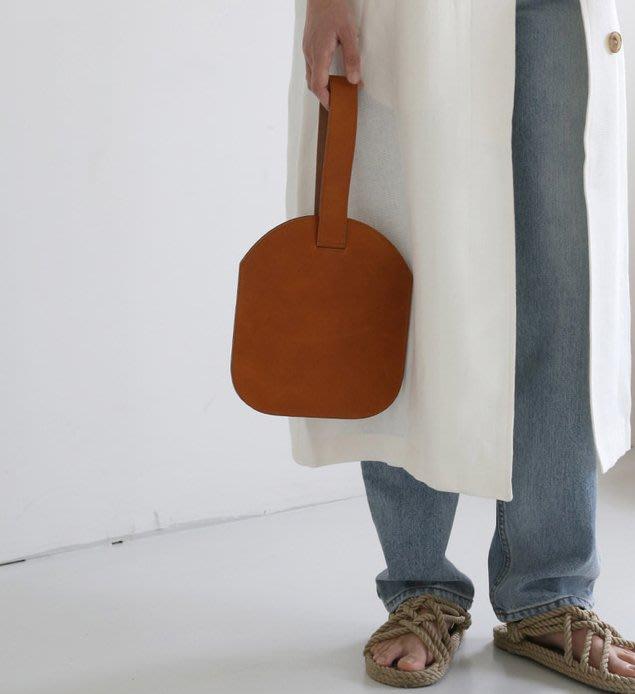 SeyeS 英倫街頭簡約隨興復古自然風極簡氣質手提包