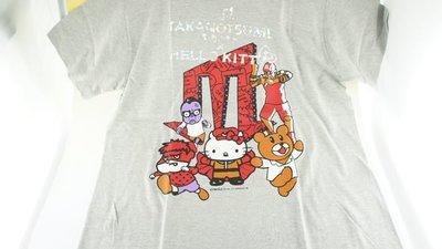 《Greens selection》日本動畫電影秘密結社 鷹之爪 x 三麗鷗凱蒂貓 HELLO KITTY 聯名灰色短T恤