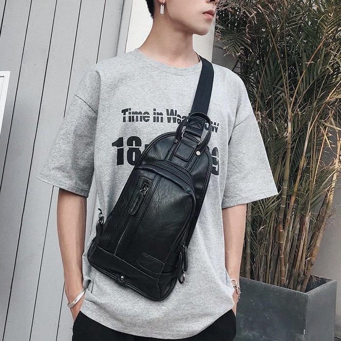 日韓新款男士胸包小背包 潮流時尚小胸包 休閑出行便捷小包側背包 11NLD149