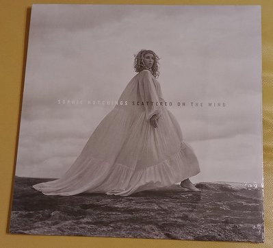 (Mercury唱片,現貨,全新未拆)黑膠唱片LP-蘇菲赫倩絲Sophie Hutchings-飄散風中Scattered On The Wind