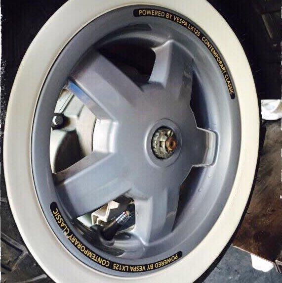 VESPA LX / LT輪框貼紙(ET8,LX150,S150,S125,LX125,LT125)