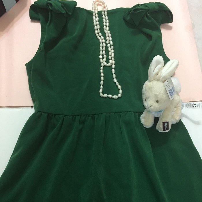 《現貨供應》韓版 綠色 洋裝 小禮服 全新未使用 可當裙子穿 無袖 偏絨質感衣服 質感滑順