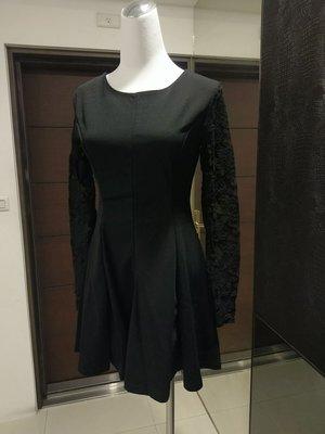 琳達購物中心-實品拍攝-2019春裝時尚顯瘦百搭蕾絲連身裙
