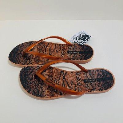 《現貨》Ipanema 女生夾腳拖鞋 巴西尺寸33/34(舒適鞋底 蠎蛇紋 人字夾腳平底拖鞋-古銅色)
