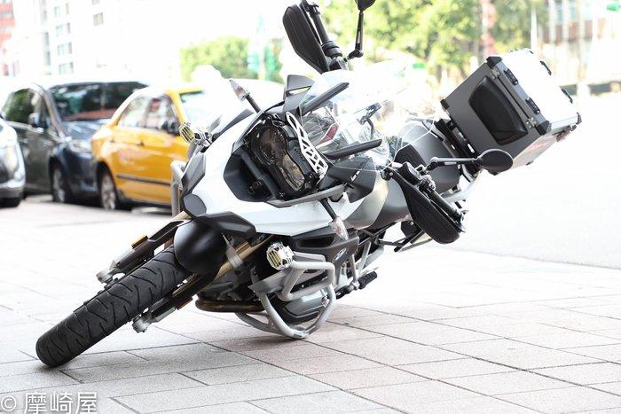 。摩崎屋。 【Outback Motortek】 上下 保桿 下護板 BMW R1200GS / R1250GS