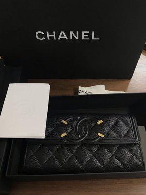 ZYForAll歐美精品《現貨》全新Chanel 香奈兒 Vanity 新款信封式長夾 扣式 膠膜在 有購買收據 27開