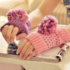 毛球針織半指手套 針織毛線手套(粉+紫)-艾發現