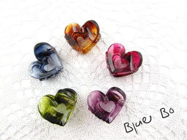~*BlueBo*~ 韓國飾品  超好用 鏤空愛心小抓夾    小鯊魚夾~2cm