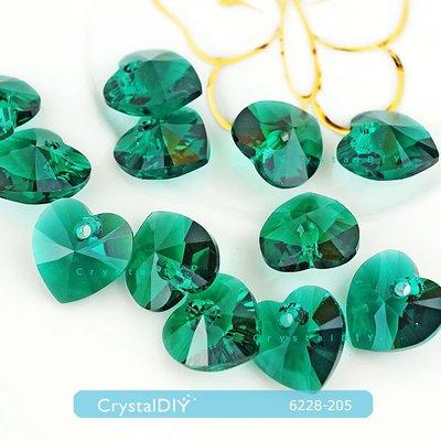 耳環吊墜素材 施華洛世奇水晶吊墜愛心#6228 翡翠綠Emerald (205)12顆入手作素材