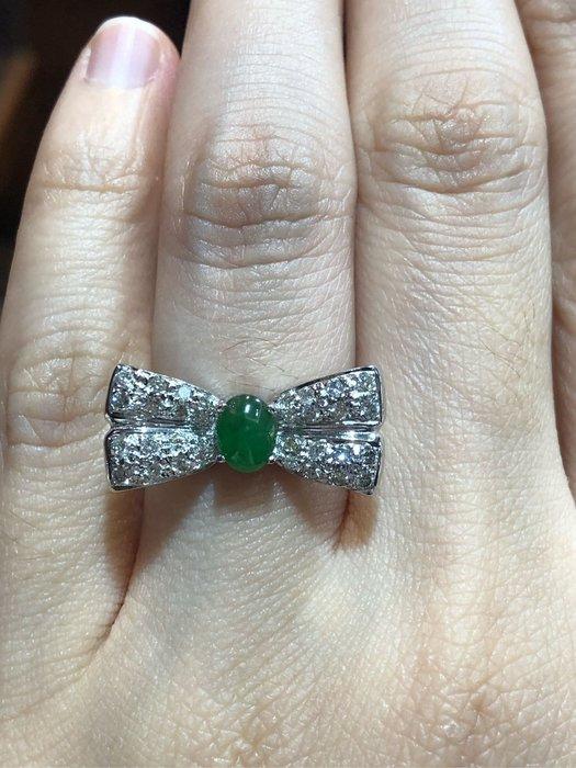 天然A貨翡翠蝴蝶結造型鑽戒,獨家款式設計,甜美風格少見款式,超值優惠價28800