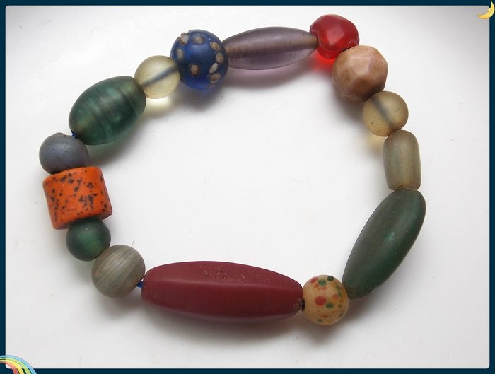 【雅之賞|藏傳|佛教文物】*特賣*尼泊爾多寶老琉璃手珠~Q1869