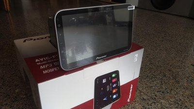 全成專業汽車音響Pioneer AVIC-F7600 10吋螢幕安卓導航車機