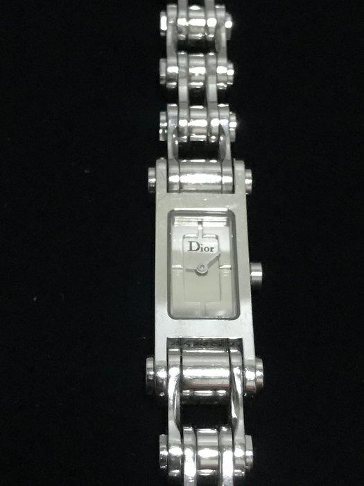 CD    CG4947  迪奧  白鋼時尚款腕錶 ~氣質錶款