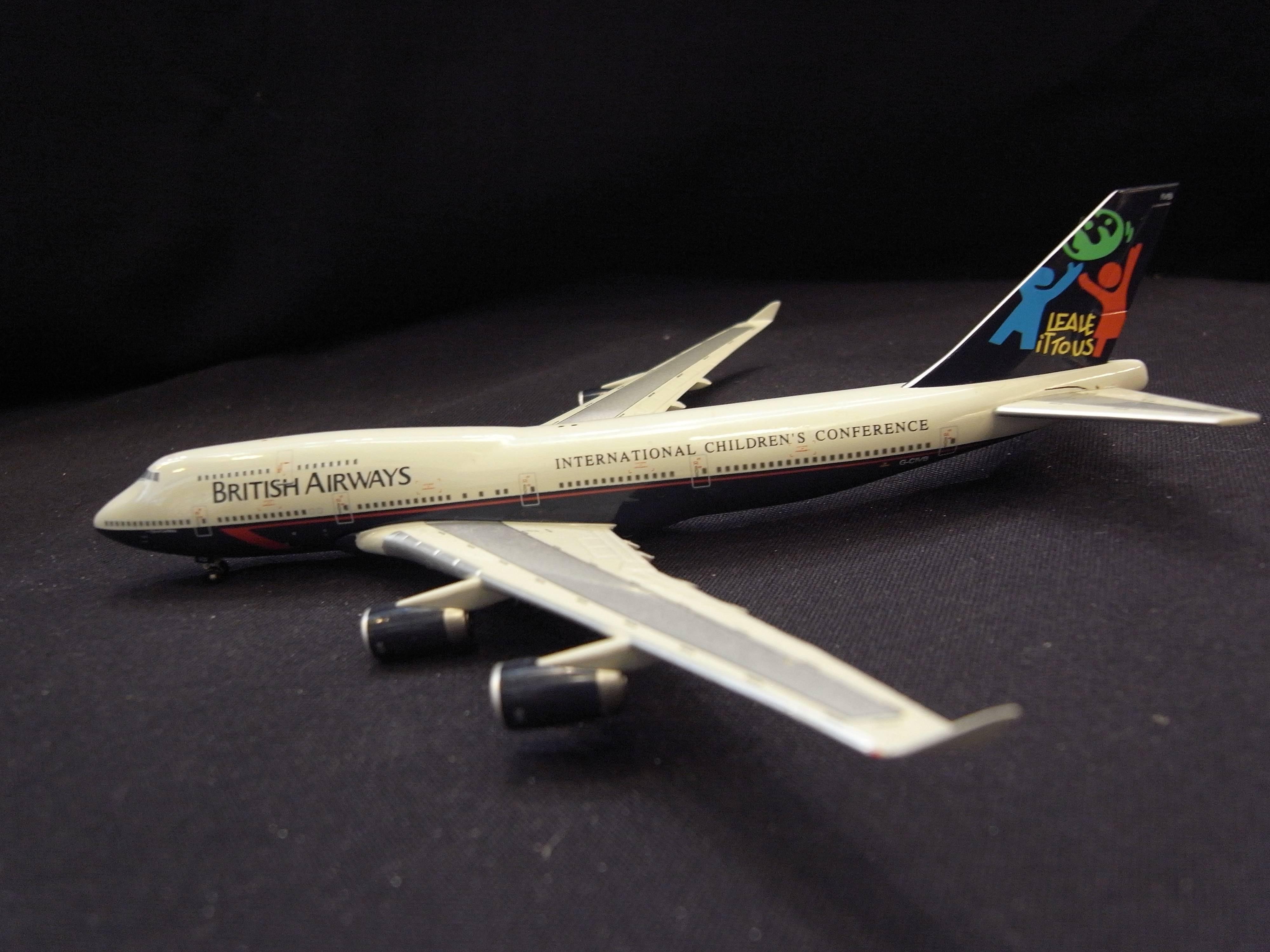 *阿威的藏寶箱*【絕版 英國航空 英航 British airways B747 400 1:400 G-CIVB】附盒