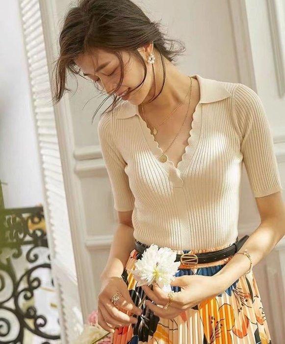 浪漫曲線法式花瓣領修身針織衫 1143