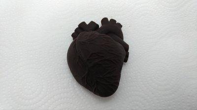 代可可脂黑色心臟巧克力 聖誕節 情人節 愚人節 搞怪 惡搞 生日 禮物 交換禮物 仿真 心臟 整人 器官 創意 畢業