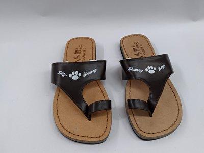 【鞋里】HIGH CLASS 台灣製 MIT 復古拖鞋 男款 夾腳拖/夾大拇指拖(共三款) 三層厚度 ~夾大拇指~