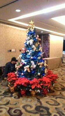 租8尺聖誕樹 租240CM聖誕樹 租借聖誕樹 出租聖誕樹 租聖誕樹 租賃聖誕樹 洽 熊愛的花苑
