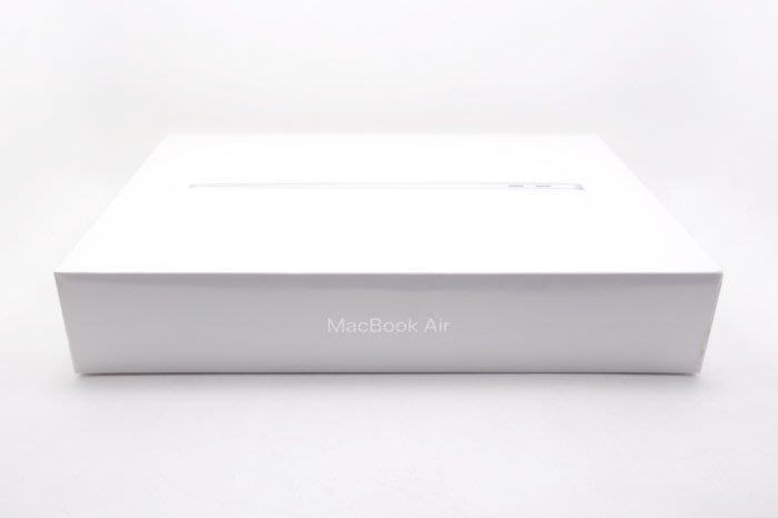 【台中青蘋果】MacBook Air 13吋 Retina i5 1.6 8G 256G SSD 全新品 #34972