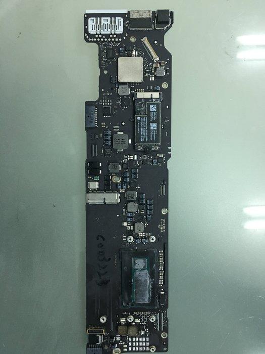 MACBOOK Air/A1370 1369 A1466 A1465主機板維修更換服務,維修$6500起,換板另問