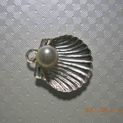琥珀貓~【925純銀材料配件】墜飾~N7237~珍珠貝~一個