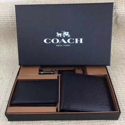 (新款禮盒附鑰匙圈、鏡子)琪琪OUTLET代購 COACH 74974 新款男士素面防刮牛皮短夾 內置卡夾 附購買憑證