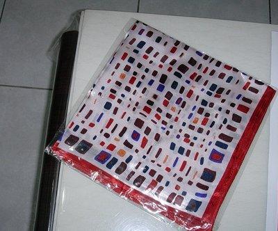 圍巾--格子方巾 52*52  購買價:48元