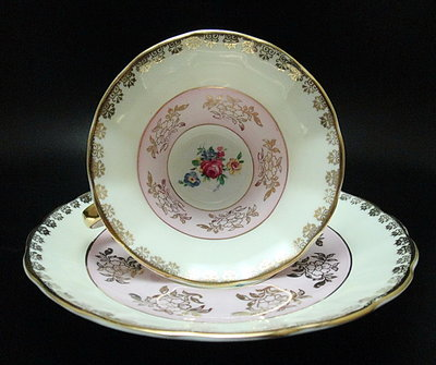 【timekeeper】  英國絕版名瓷Regency華麗重金咖啡杯+盤-2(免運)